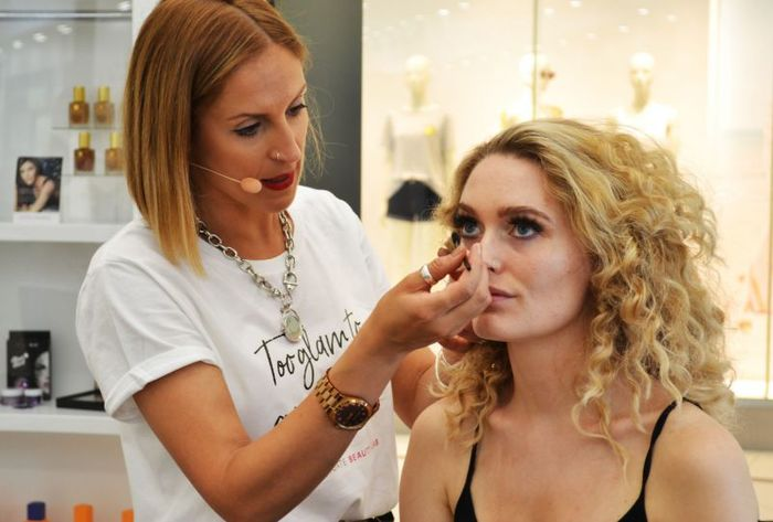 12 - Beauty Lab make up tutorial at Frenchgate Doncaster